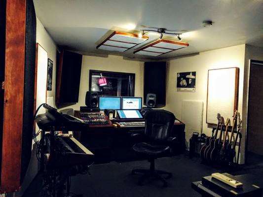 Andrew Wright - Forest Studio on SoundBetter
