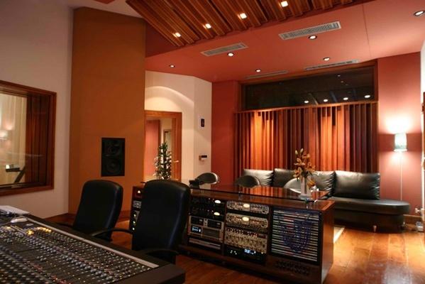 PowerHouse Studios on SoundBetter