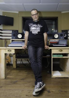 Bat-Shlomo Studios on SoundBetter