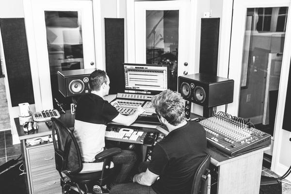 Seawell Studios on SoundBetter