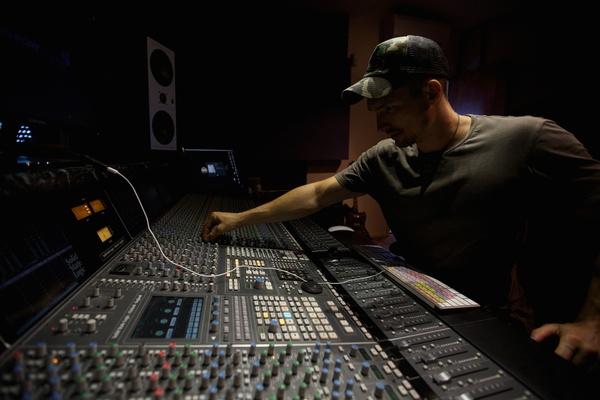 James Russell on SoundBetter