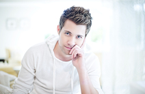 Photo of Drew Seeley