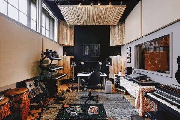 Electrik Indigo Sound on SoundBetter