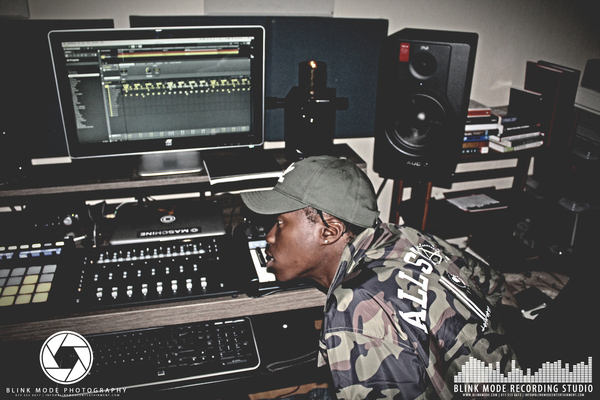 Blink Mode Recording Studio on SoundBetter