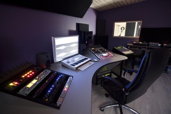 Denis Emery @ Mastering.LT on SoundBetter - 2