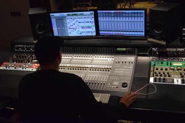 Wyatt Hansen on SoundBetter
