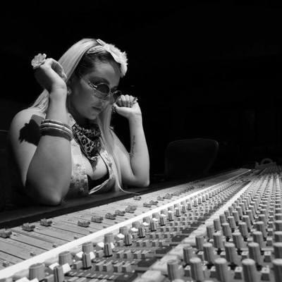 Anjuli Apelu on SoundBetter