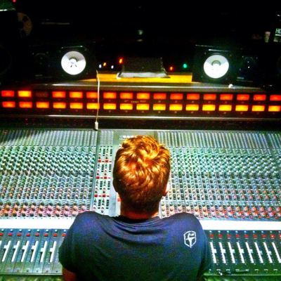 Mike Sutherland on SoundBetter
