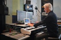 Photo of Paul Harlyn
