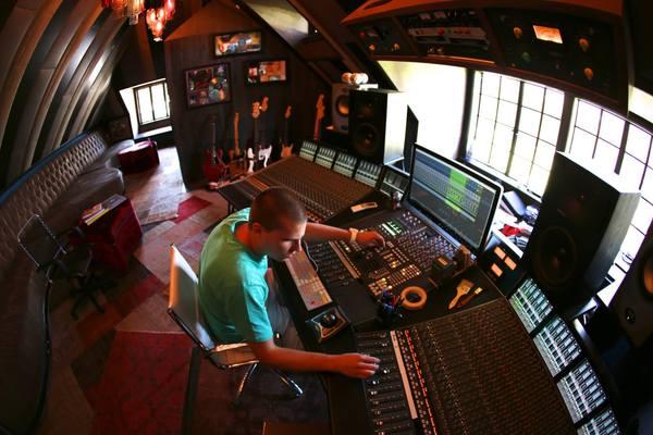 X-Change Mastering Studio on SoundBetter