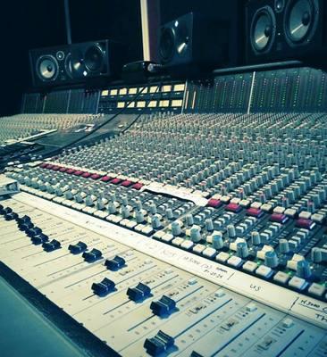 Corey Nixon on SoundBetter