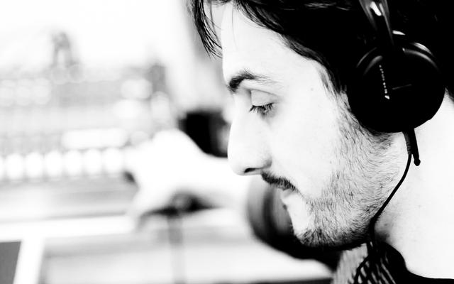 Listing_background_producer_john_7