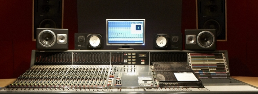 Listing_background_9258_studio_neve_vr