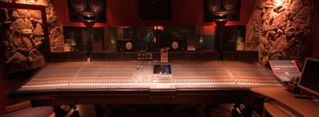 Paramount Recording Studios on SoundBetter