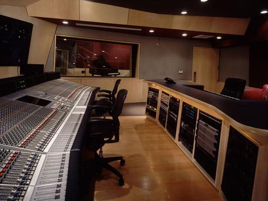 Luminous Sound on SoundBetter
